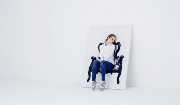 lukisan kursi
