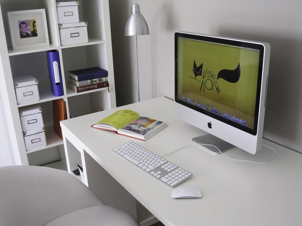 meja kerja rapi